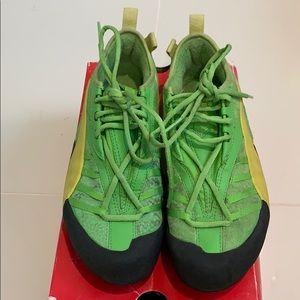 Puma Green sneakers 7 US, 39 Eur